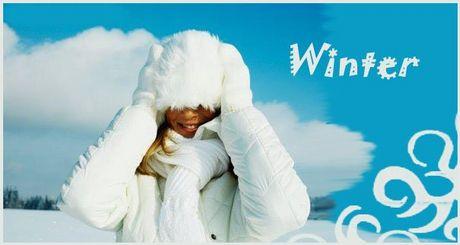 Девушки.  Опубликовал.  Девушка радостно улыбается погожему зимнему дню...