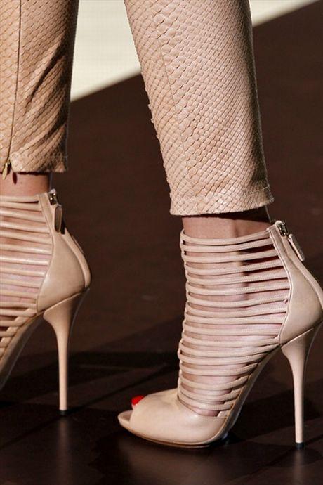 Ботильоны Обувь Весна Фото