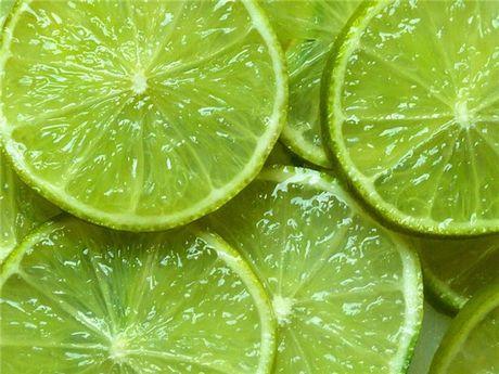 Лайм богат витаминами и микроэлементами